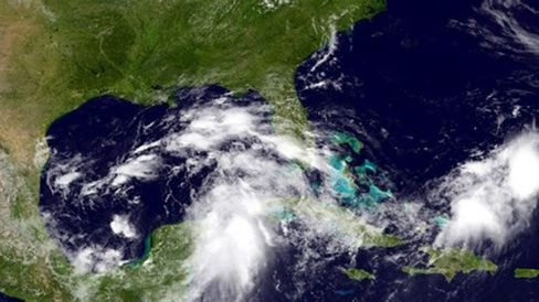 Gulf of Mexico Storm Threat Sparks Evacuations From Energy Rigg