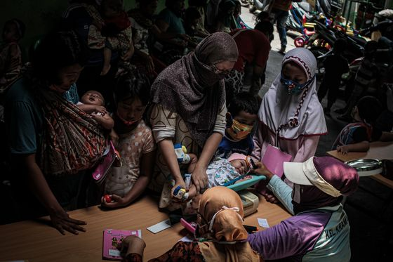While Asia Wants a Baby Boom, Indonesia Says Enough Is Enough