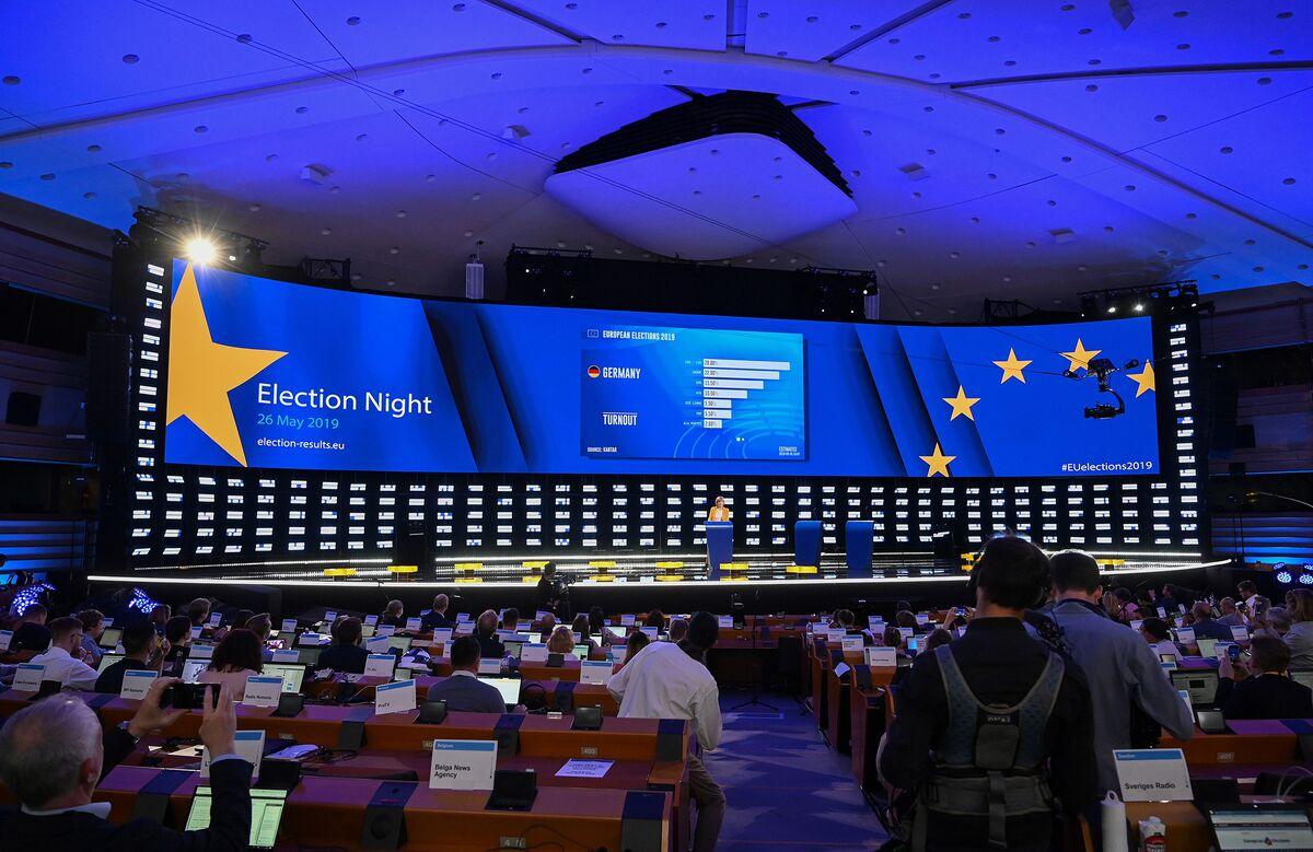 Populist Attack on EU Falls Short Despite Gains in France, Italy