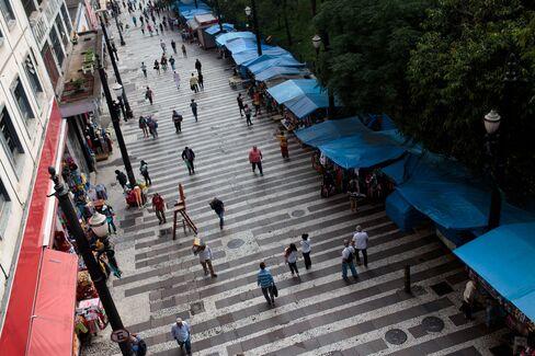 サンパウロのショッピング街(ブラジル)