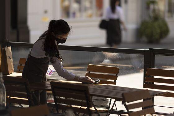 Food CompaniesSlam 'Pingdemic' Chaos, Say U.K. Shortages Inevitable