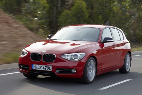 BMW Biggest 1-Series Seen Catching Audis Compact A3