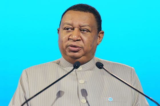 OPEC President Says Saudis, Russia Push to Delay Supply Hike