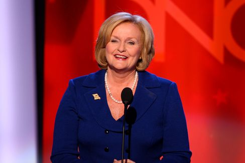 McCaskill Avoids Convention as She Seeks Akin-Comment Bounce