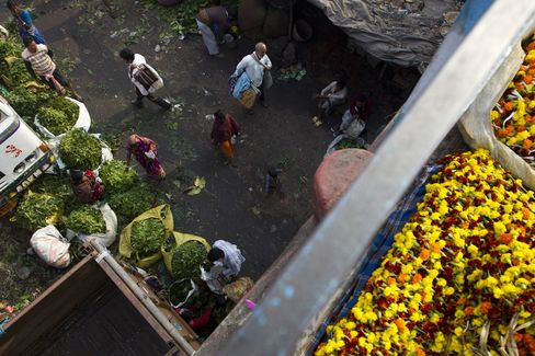 India GDP Grows the Least Since 2009