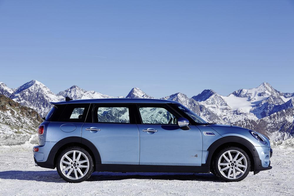 Mini Tries To Go Maxi Without Losing Fans Who Saved Brand Bloomberg