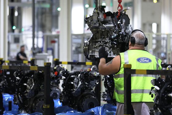 Ford Says U.K. Factories at Risk in No-Deal Brexit