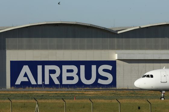 Airbus Drought Worsens With Third Month of Zero Jet Orders