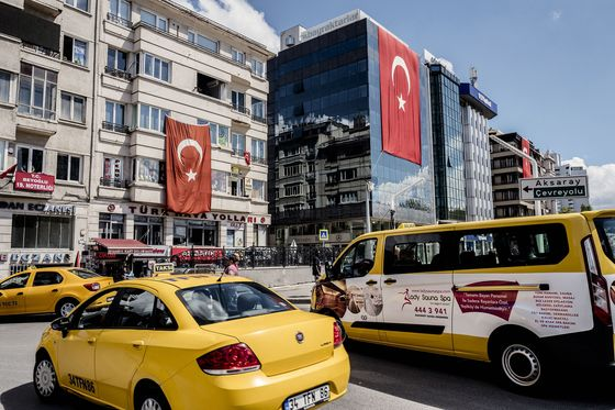 Erdogan Joins Fight Against Uber, Saying Turkey Business Is Over
