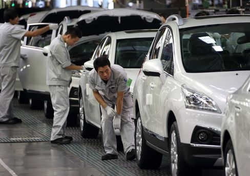 China's Dongfeng to Buy Stake in Peugeot for 800 Million Euros
