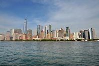 NY Waterway Welcomes Back Visitors With Expanded Service