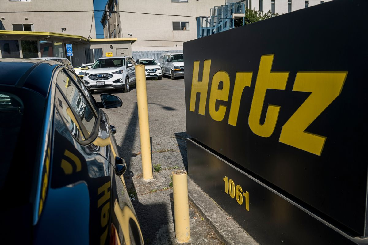 bloomberg.com - Steven Church - Hertz's Quirky Stock Gives Retail Holders $5 Edge Over Insiders