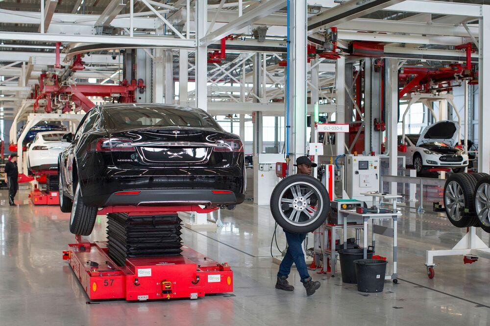 Tesla assembly plant