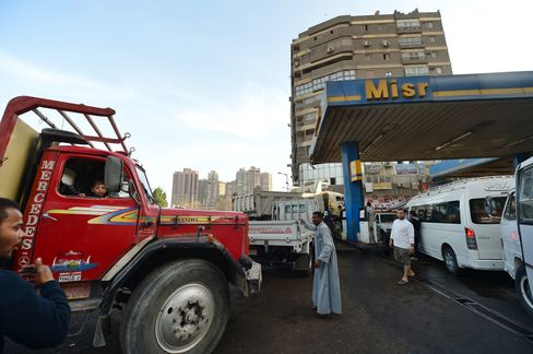 Fuel Fights Expose Subsidy Struggle as Egyptian Economy Stumbles