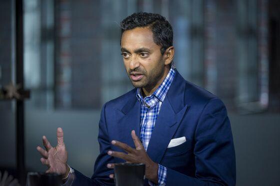 Palihapitiya Angles for Newsom's Job as Tech Group Backs Recall
