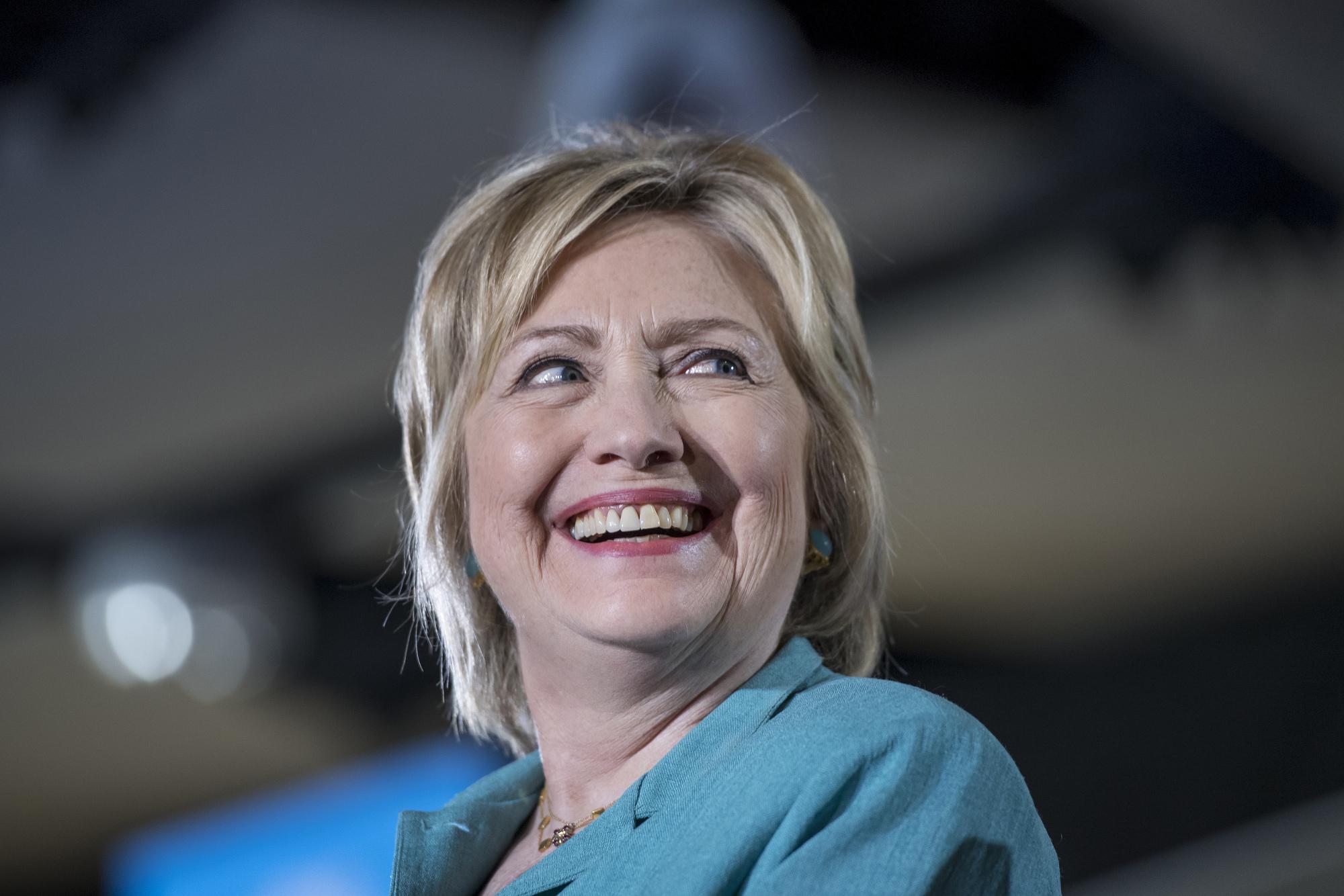 財団 クリントン