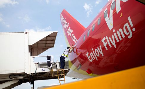 VietJet expects to receive six to twelve Airbus aircraft a year until its orders are complete, the company said in the statement.