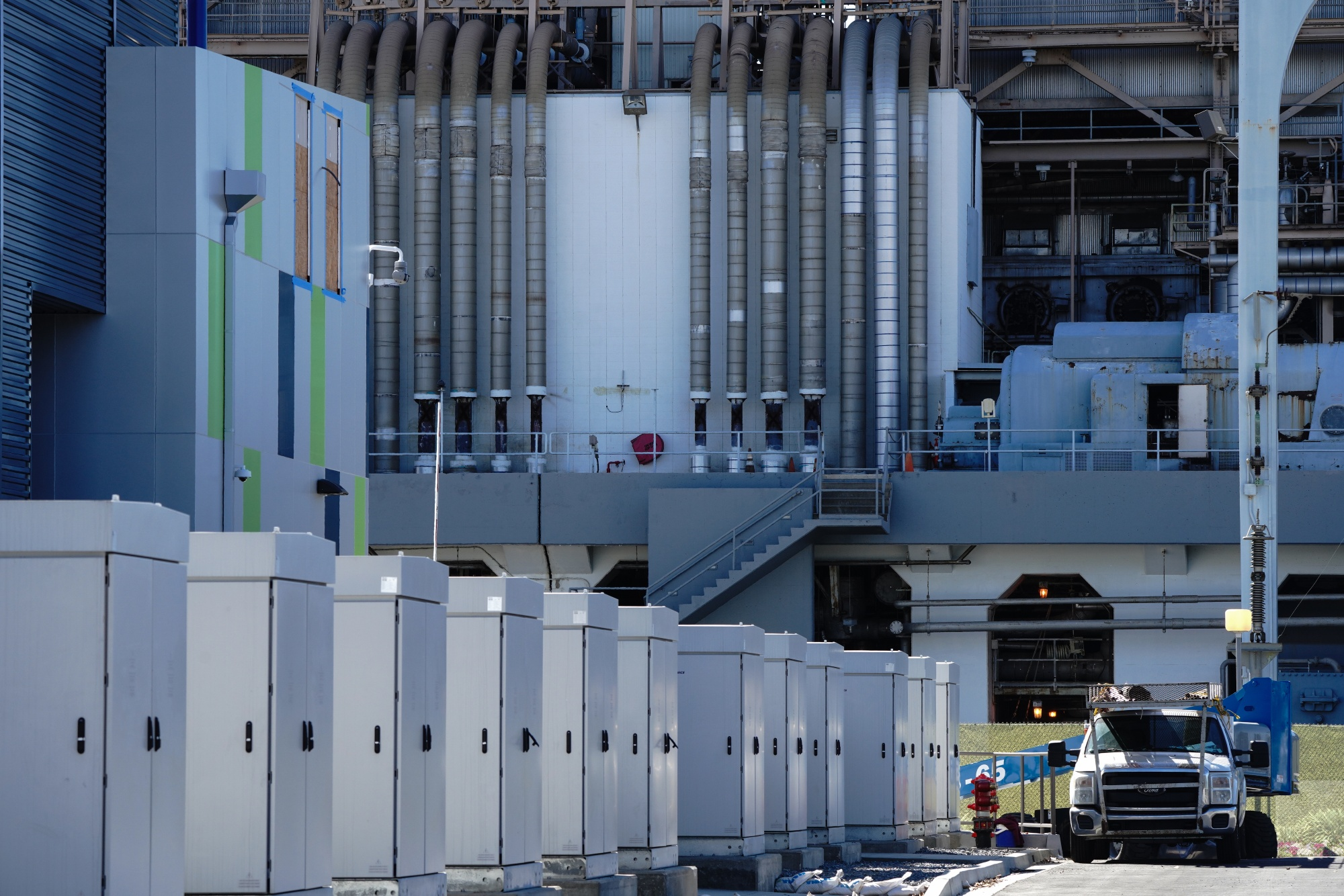 AES Corp. in January commissioned a 100-megawatt battery installation in Long Beach, California, using Fluence batteries.