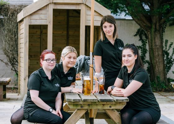 Cornwall Pub-Hand Shortage Shows the Future of Work After Brexit