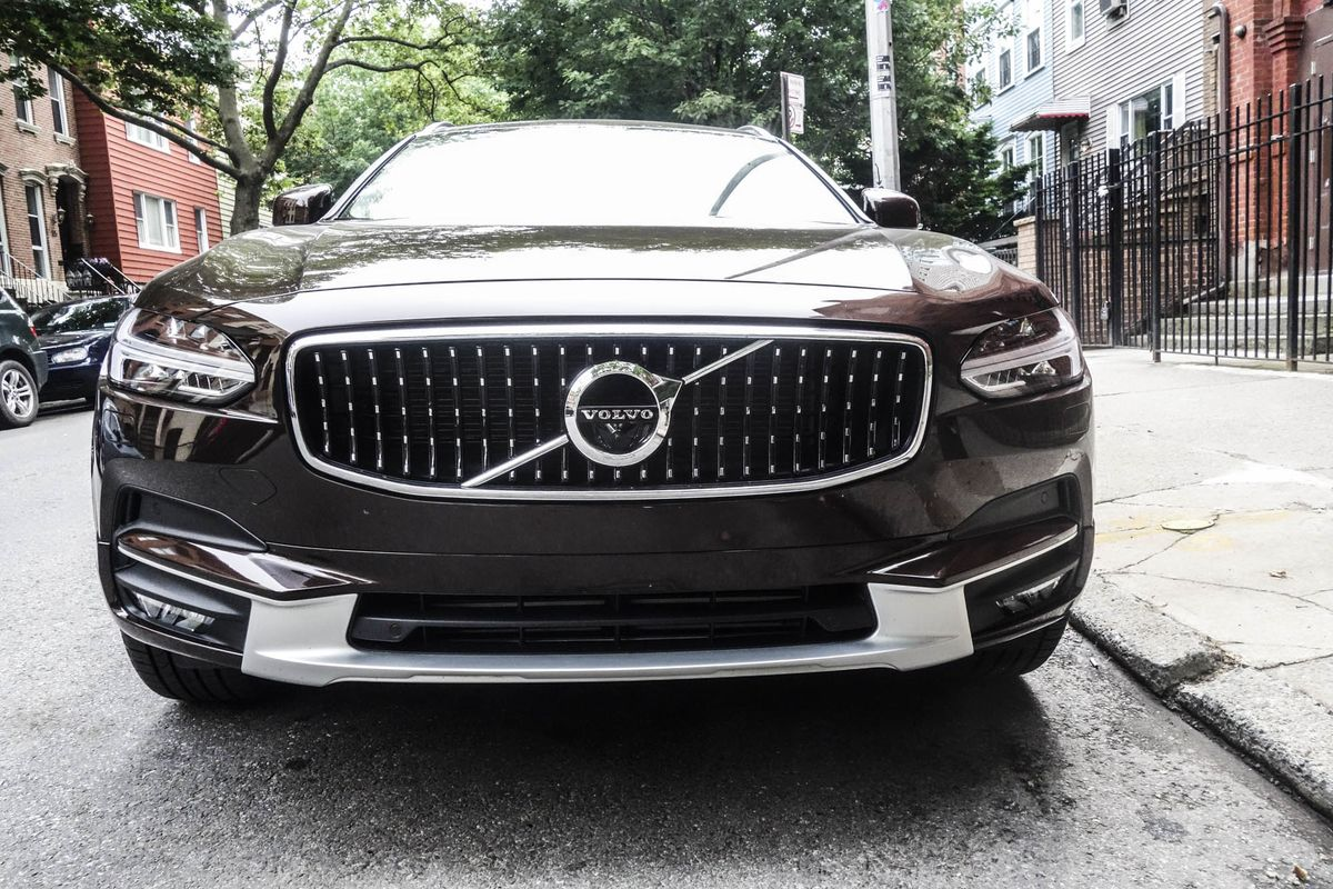 Volvo V90 Cross Country Review Perfect Marriage Of Wagon And Suv