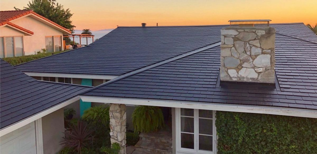Tesla to Launch Solar Roof Business in Europe Next Year