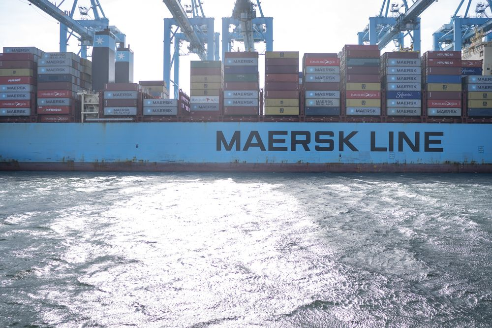 Maersk Says Customers to Pay for $2 Billion-a-Year Fuel Hike