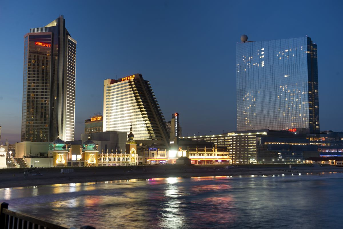 Atlantic City, Reveling in Its Losses