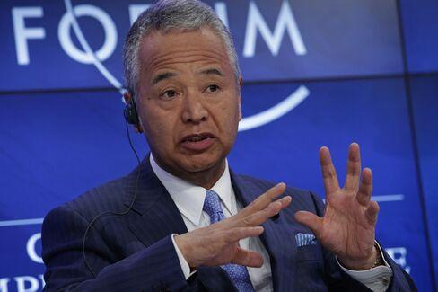 Akira Amari in Davos