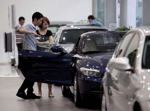 BMW Expects 'Significant' First-Half Sales Gain,Led by China