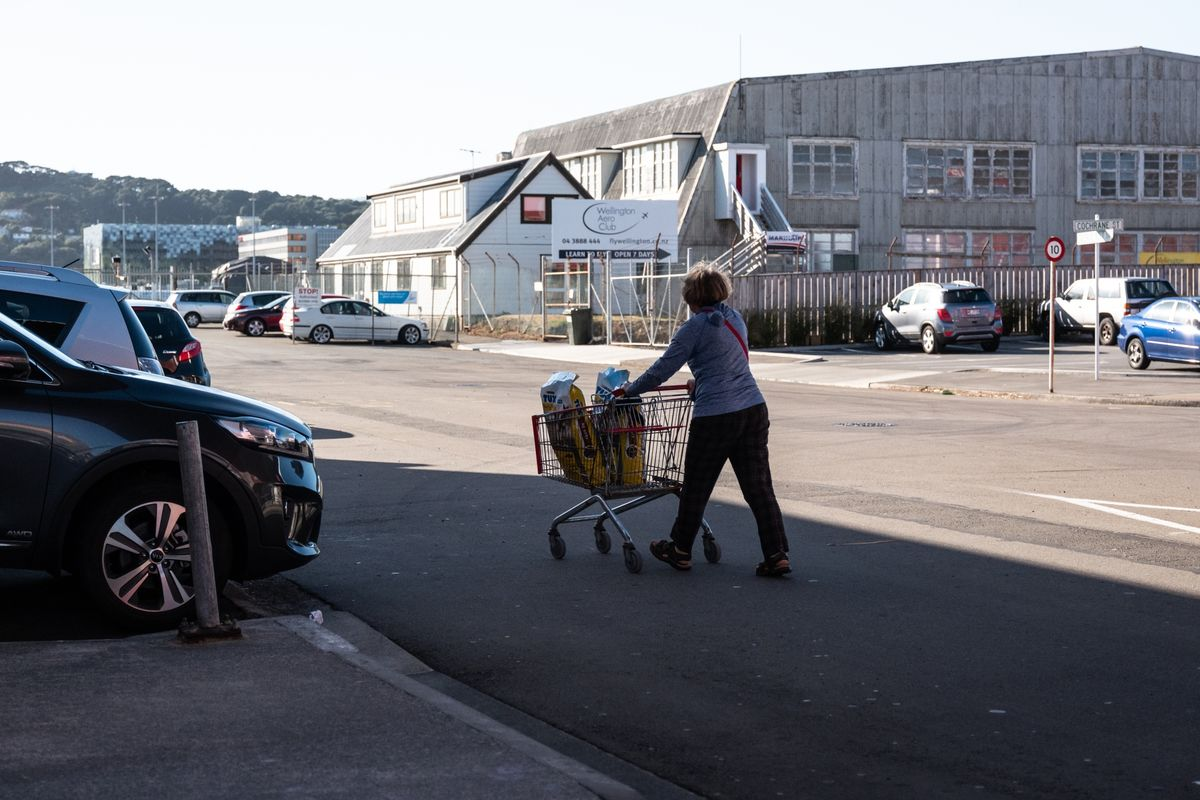 New Zealand Labour Vows to Investigate Supermarket, Building Supplies Prices
