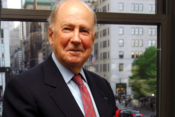 Ira Neimark, the Bergdorf Goodman Chief Who Boosted the Brand, Dies at 97