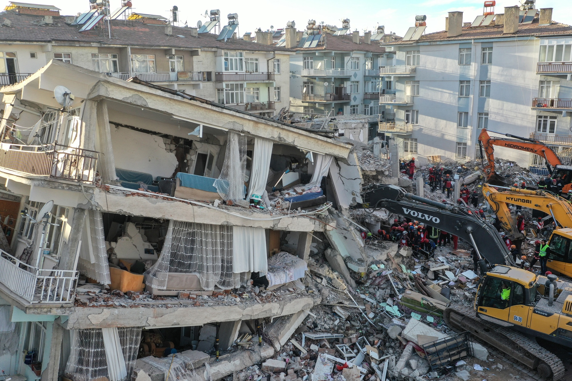 Istanbul Earthquake Warnings Underlined By Eastern Turkey Tremor Bloomberg