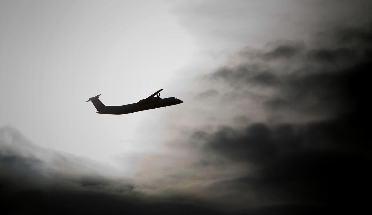 FAA Allows U.S. Civilian Flights to Resume Over Persian Gulf
