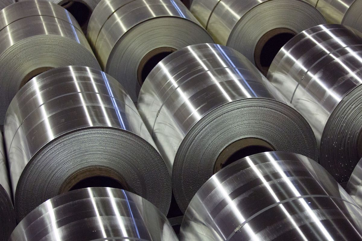 Century Aluminum Ready To Fire Up Plants When Trump Picks Tariff Was Wiring Banned In Canada Bloomberg
