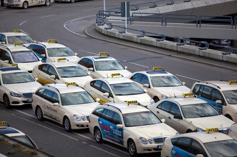 Uber Faces Ban Across Germany as Taxi Group Wins Court Order