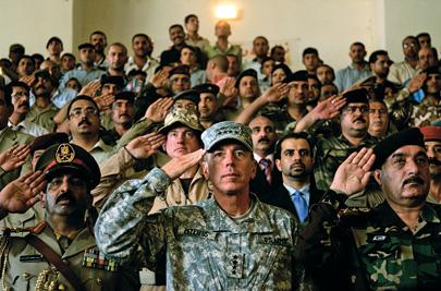 General David Petraeus salutes Iraqi soldiers in 2008