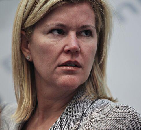 Whitney, Roubini too bearish on banks, says Brown