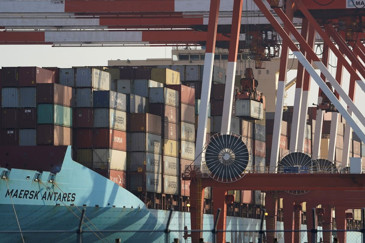 Japan's Exports Fall Most Since January as Trade Fights Weigh