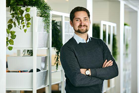 SoftBank Buys Stake in $900 Million Scandinavian Online Grocer