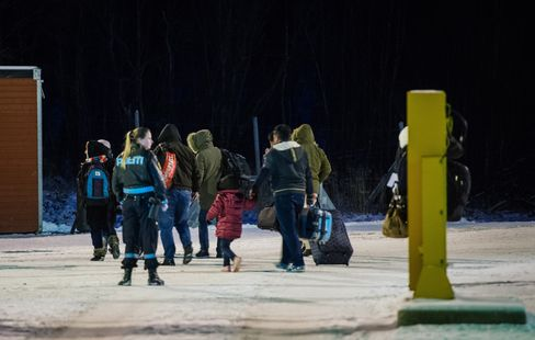 Refugees arrive in Norway