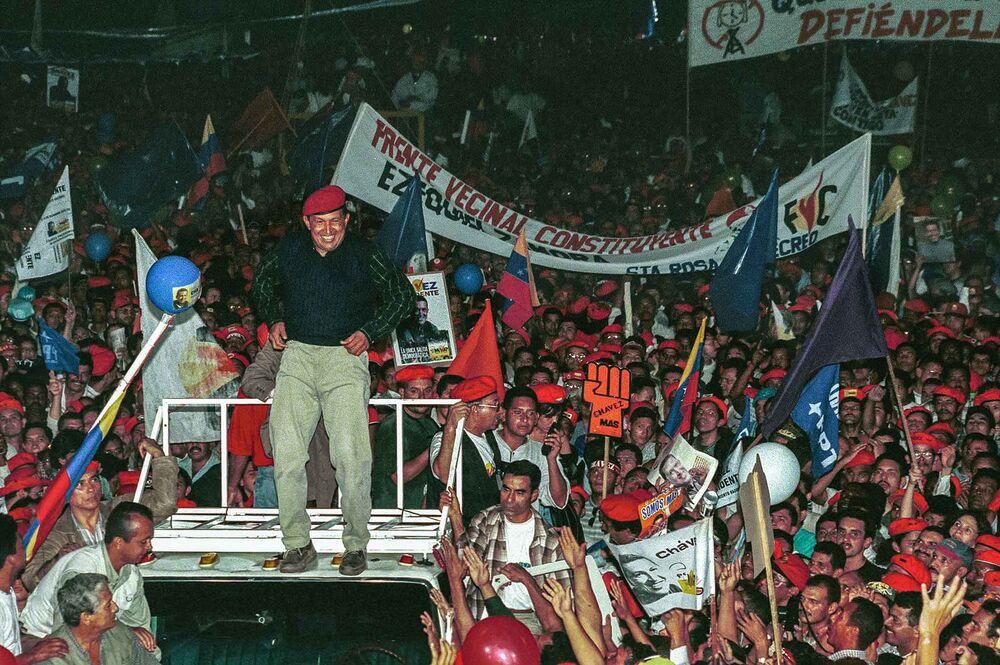hugo chavez legacy keeps venezuela broken 20 years after rise