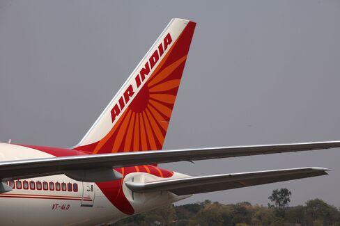 Air India Seeks Bailout as Jet Eyes Dollar Debt