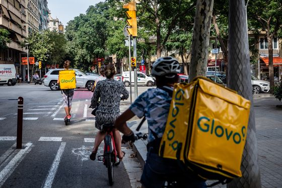 Deliveroo Rival Glovo Raises $528 Million for Grocery Delivery