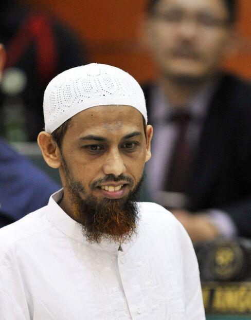Terrorism Trial of Accused Bali Bombmaker Begins in Jakarta