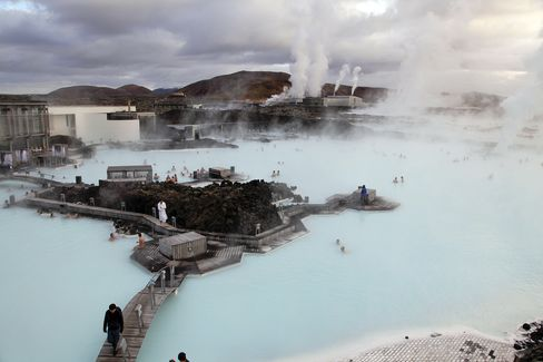 Iceland Seen Threatened by Capital Flight From Its Own Citizens