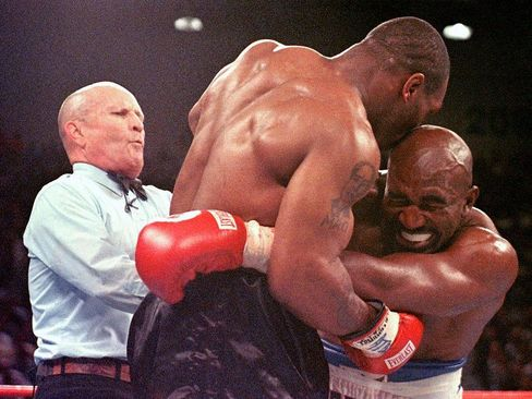 Holyfield Loses Home To Foreclosure