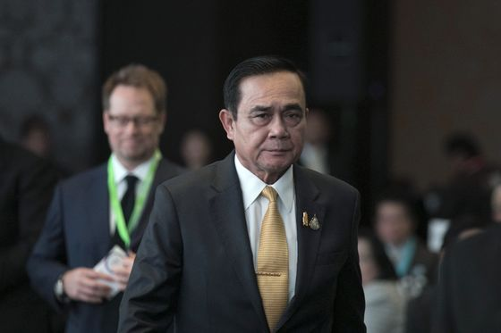 Thai Protests Fueled by Discontent Toward Prayuth, Poll Shows