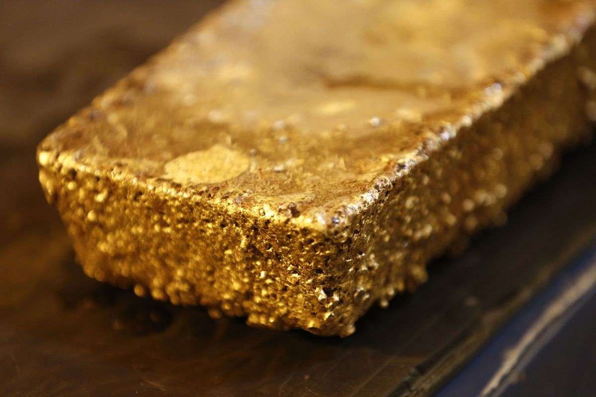 Zimbabwe in 'Advanced' Talks With Investor Over 6 Ton Gold Mine