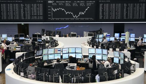 European Stock Futures Little Changed; Heineken Shares May Move