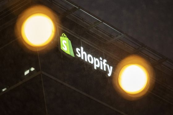 Shopify's Pace of Growth a Big Unknown as Vaccines Roll Out